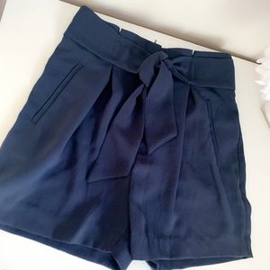H&M Paperbag Fitted Shorts